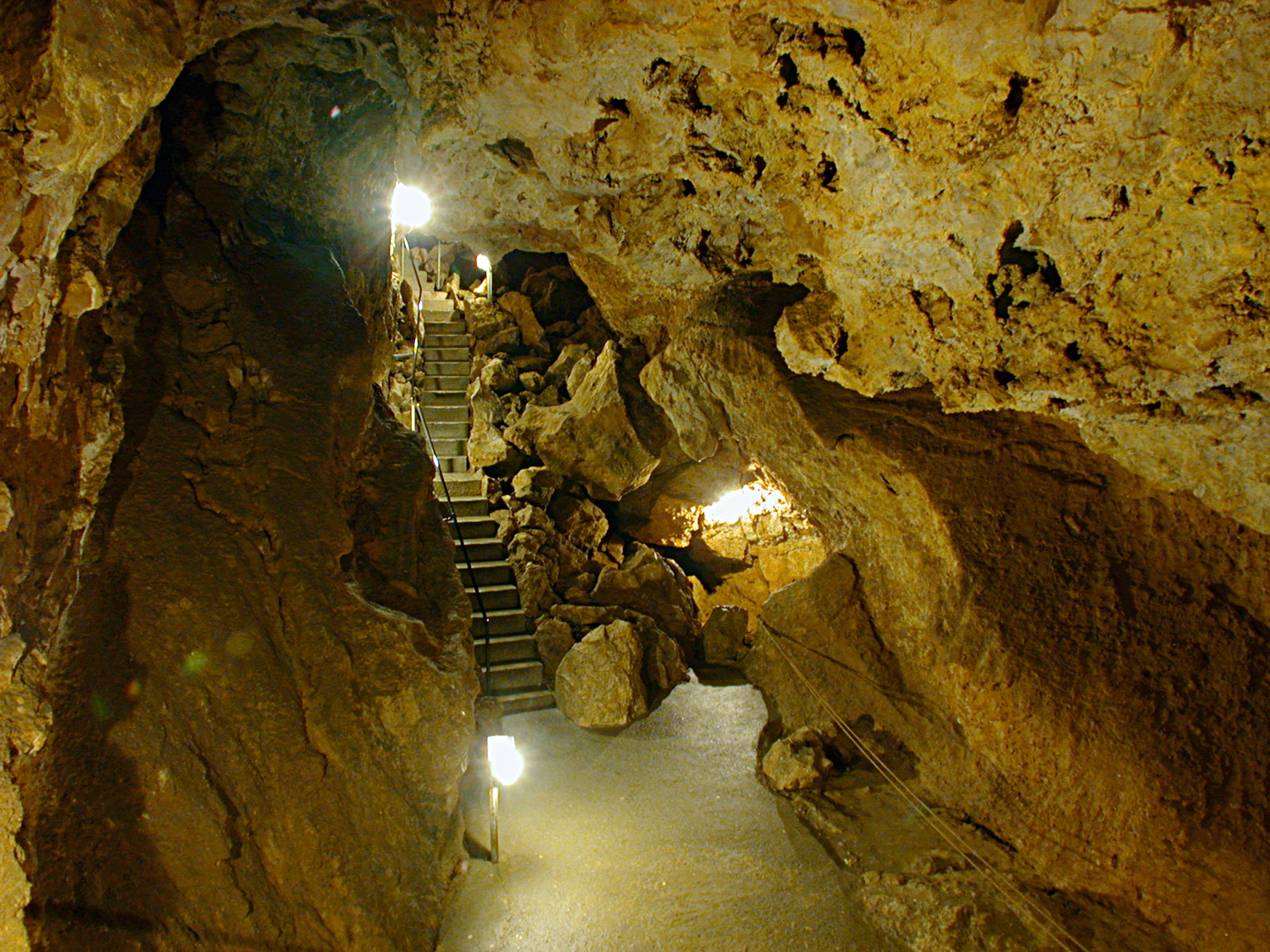 Laichinger Tiefenhöhle