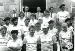 Ankunft der Laichinger Radlergruppe in Ducey 1987